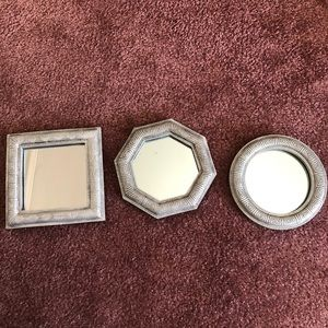 Set of three mirrors